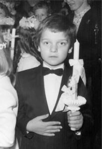 Matthias bei seiner Erstkommunion in St. Josef, Wien 2